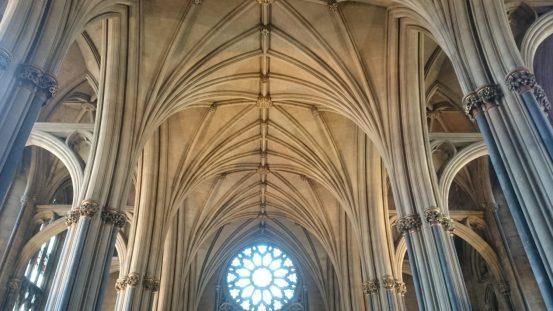 Kathedrale von Bristol mit seinen Säulendecken.