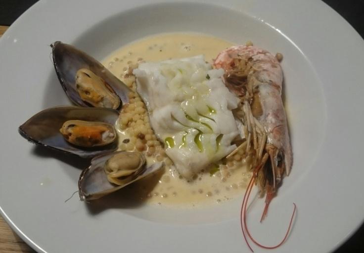 Seafood mit Krustentierschaum und Fregola Sarda